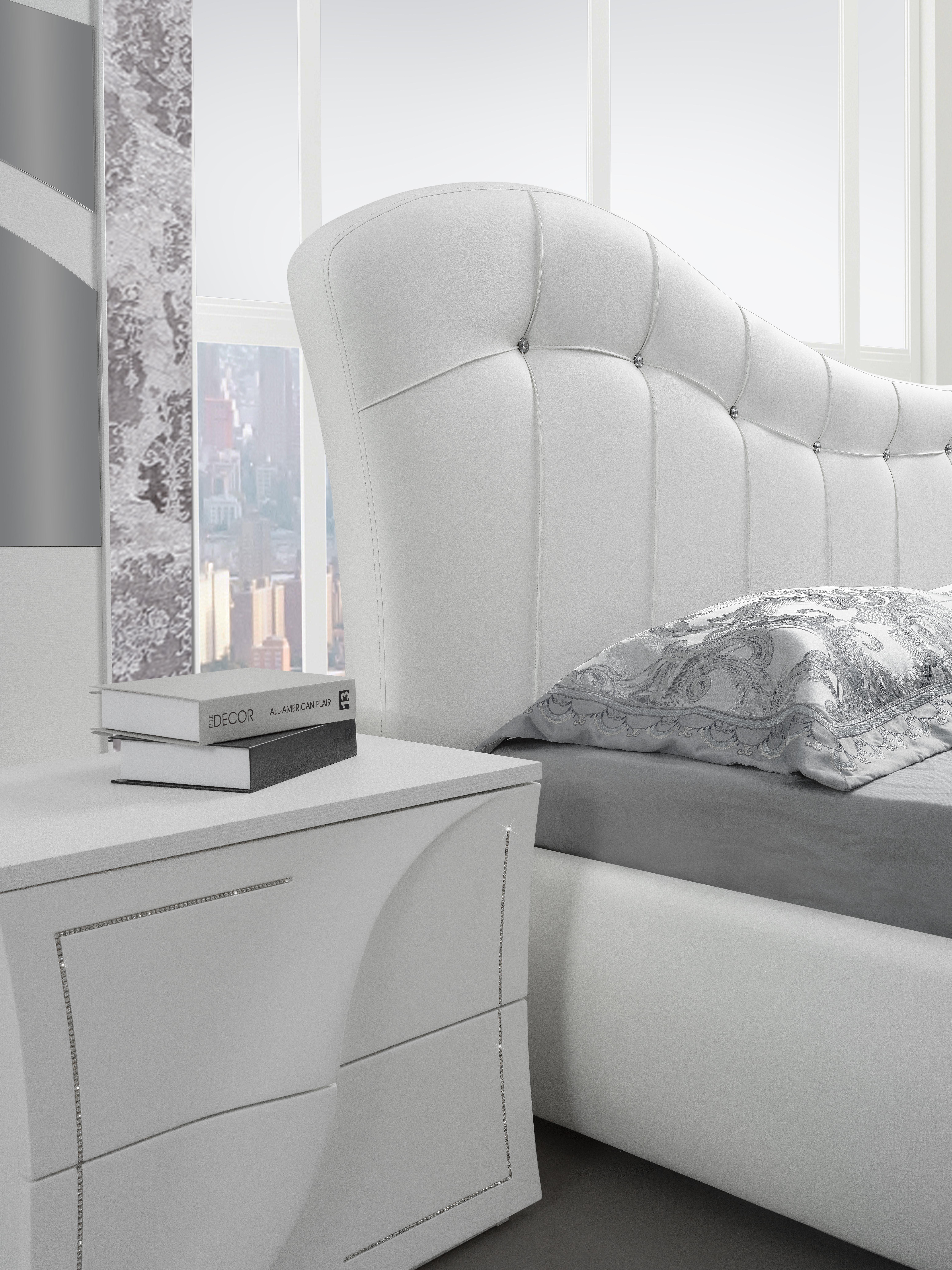 Schlafzimmer Komplett Mabelle in Weiss 6-Teilig